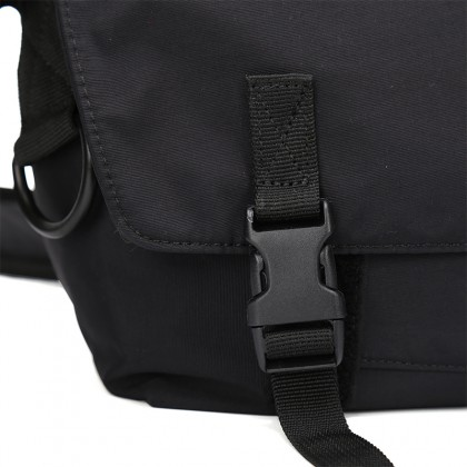 Werocker Striker Messenger Bag